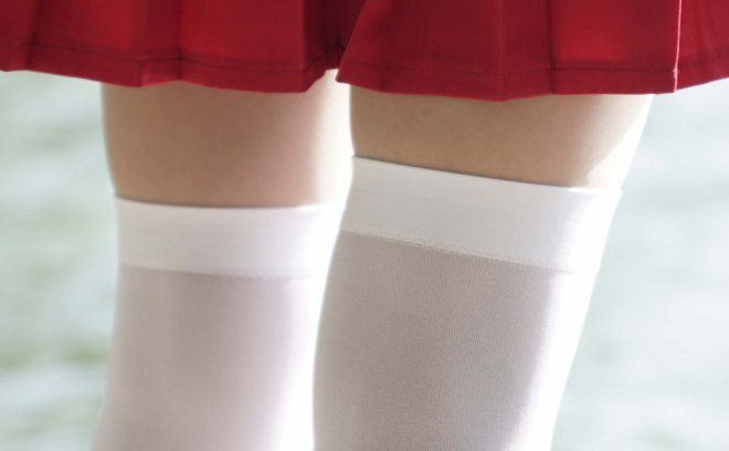 神楽坂真冬-少女と自然と白い靴下「74P 1.02G」